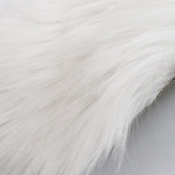 carpet-white-fluffy