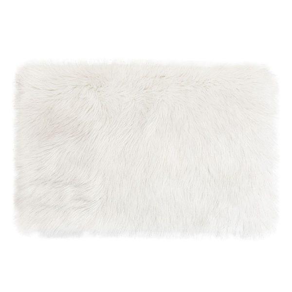 rug white fluffy