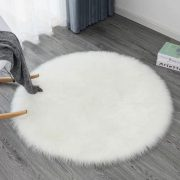 white-fluffy-sheepskin-rug